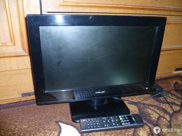 Телевизор ж/к Helix в отличном состоянии. Диагональ экрана 41 см. Пульт в наличии.. Фото 1.