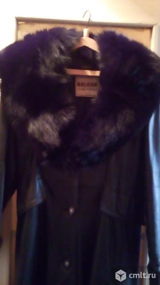 Продам кожаное пальто. Фото 2.