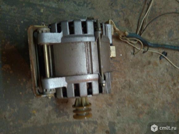 Двигатель для стиральной машинки бош также от советских машинок. Фото 1.