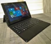 Продам планшетный компьютер (планшет) Lenovo Miix3-1030 64Gb WiFi Black (80HV) под управлением Windows 8.1, планшет в отличном состоянии, полностью рабочий и в полной заводской комплектации.