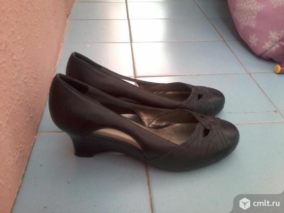 Продам кожаные туфли. Фото 1.