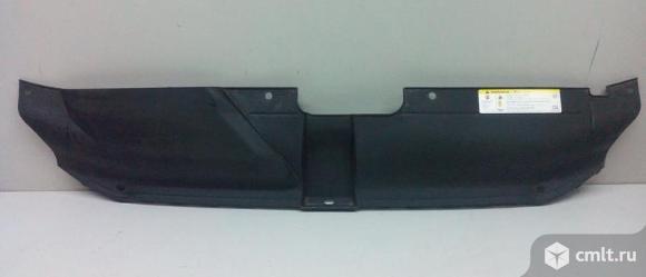 Накладка передней панели верхняя AUDI A4 08- б/у 8K0807081 4*. Фото 1.