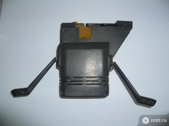 Кожух руля с подрулевыми переключателями ВАЗ 2108. Фото 1.