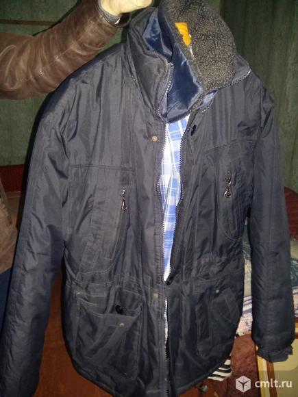 Продаю зимнюю куртку Б/У в хорошем состоянии размер XL(52). Фото 1.