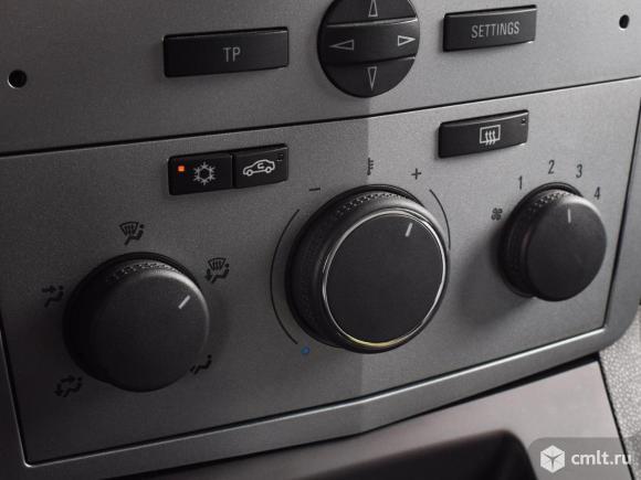 Opel Zafira - 2014 г. в.. Фото 9.