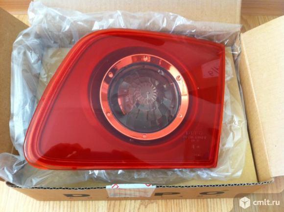 Фонарь задний  внутрен правый (седан) красный  MAZDA 3 04-. Фото 1.