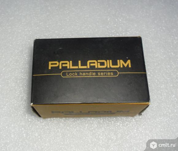 Накладка дверная под фиксатор поворотный Palladium