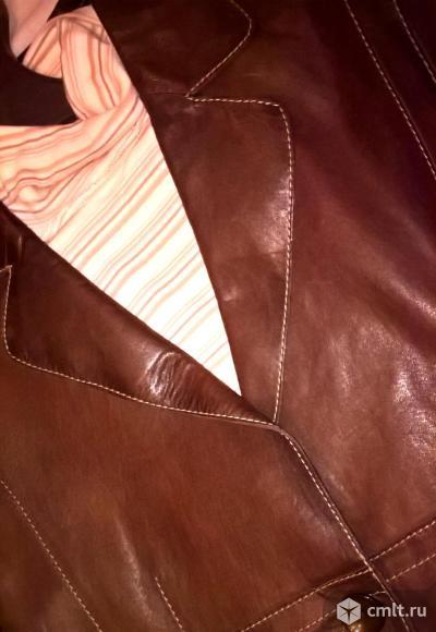 Стильный новый кожаный пиджак. Фото 5.
