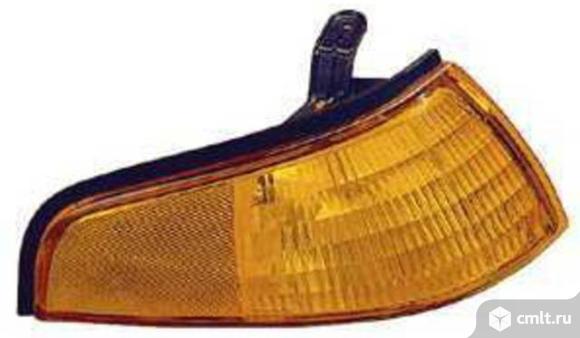 Указатель поворота угловой правый FORD ESCORT 93-96. Фото 1.