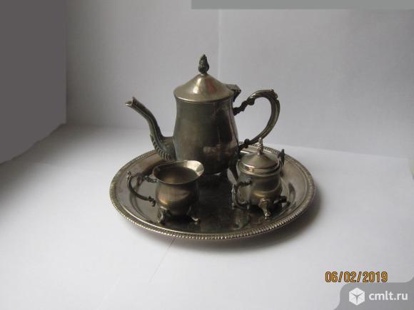 Кофейный набор из 4 предметов, мельхиор. Фото 1.