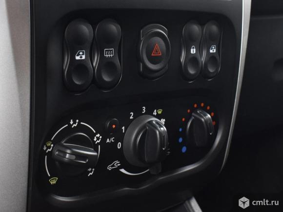 Nissan Almera - 2018 г. в.. Фото 8.