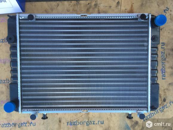 Радиатор трех рядный Газель двигатель 406. Фото 1.
