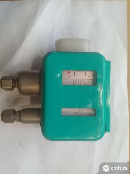 Д-220-12 датчик-реле давления