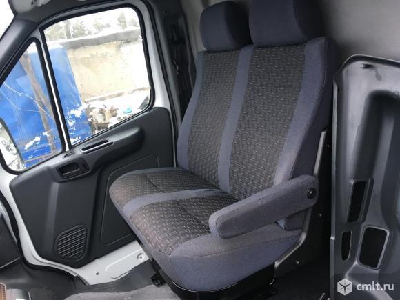 Пассажирское сиденье газель Некст с подлокотником. Фото 2.