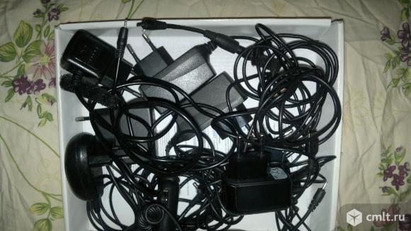 Зарядные устройства. Фото 1.