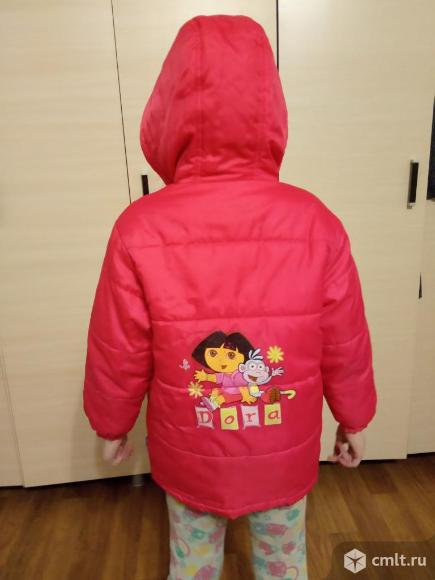 Куртка демисезонная на 5-8 л. Фото 1.