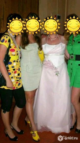 Продам выпускные платья. Фото 1.