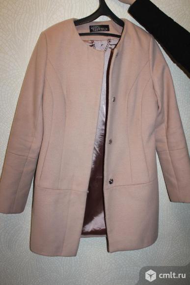 Пальто для девочки (девушки). Фото 1.