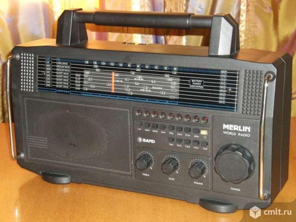 Радиоприемник Merlin World Radio. Фото 1.