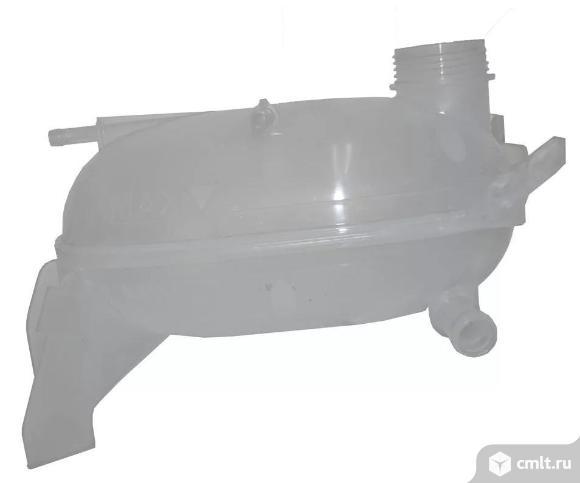 Бачок расширительный Lada XRAY. Фото 1.