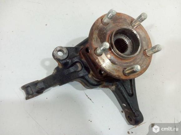 Кулак поворотный левый + ступица SUBARU XV 17- б/у 28373FL000 28313FL030 4*. Фото 1.