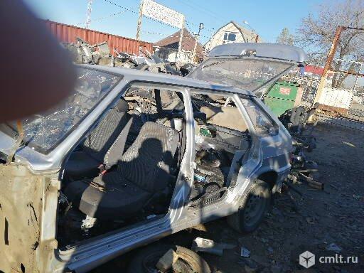 ВАЗ (Lada) 2170-Приора - 2013 г. в. запчасти. Фото 1.