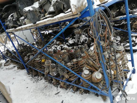 ВАЗ (Lada) Веста - 2010 г. в. запчасти. Фото 1.