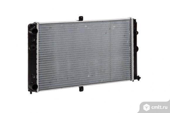 Радиатор охлаждения ВАЗ 2110 2112. Фото 1.