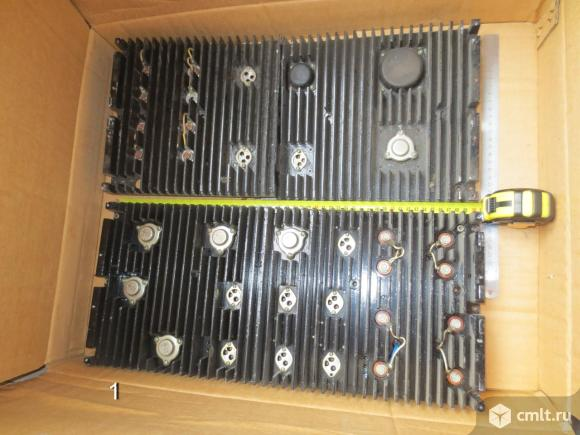 Радиаторы для радиоустройств и платы унч. Фото 1.
