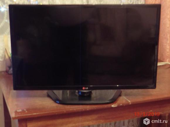 Телевизор LED LG 32 LN540V. Фото 1.