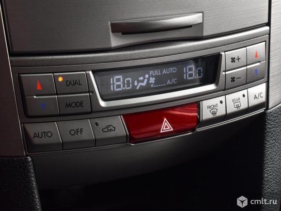 Subaru Outback - 2011 г. в.. Фото 10.