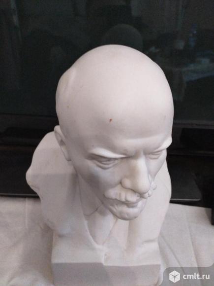 Бюст Ленина. Фото 1.