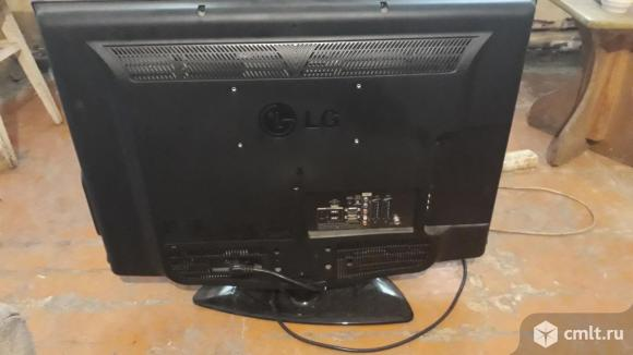 Телевизор ж/к LG. Фото 1.