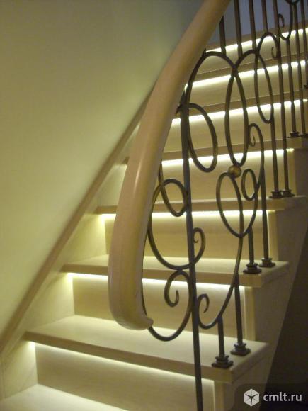 Изготовление и монтаж лестниц из массива дуба, бука и сосны. От простых до элитных.. Фото 1.