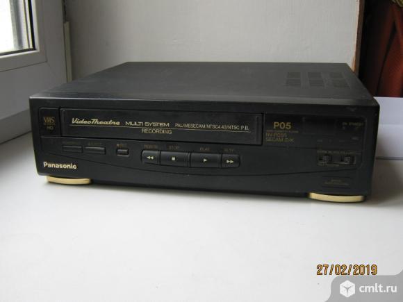 Видеомагнитофон Panasonic NV-P05REE. Фото 1.