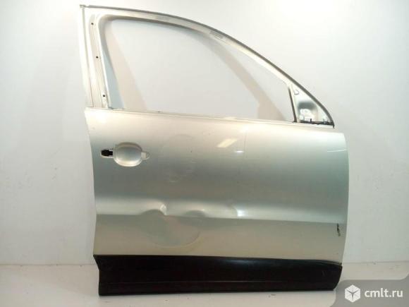Дверь передняя правая VW TIGUAN 07-16 б/у 5N0831056B 3*. Фото 1.