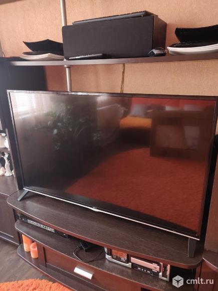 Телевизор Dexp F49B8100K Smart TV,WI-FI,Android. Фото 2.