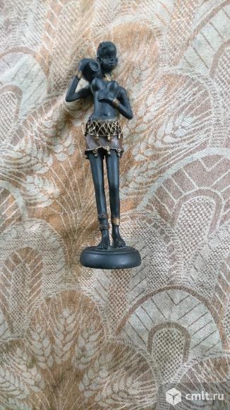 Продаю статуэтку. Фото 1.