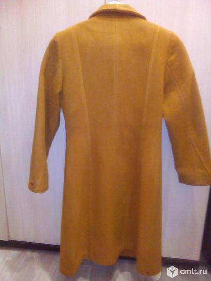 Продажа осеннего пальто.. Фото 2.