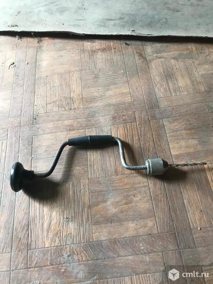 Ручная дрель. Фото 1.