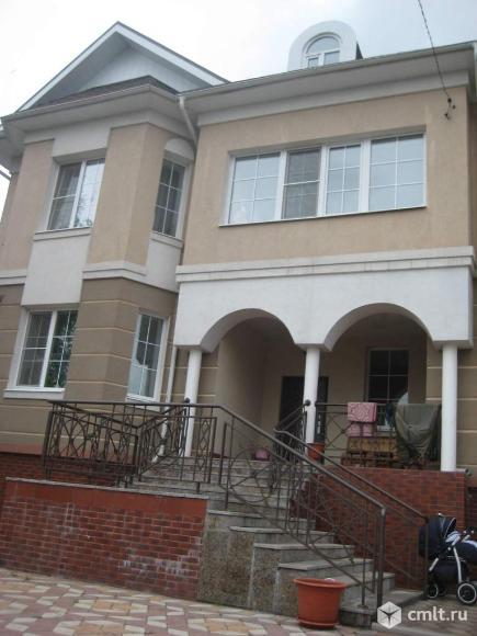 Продается: дом 444.8 м2 на участке 6.84 сот.. Фото 1.