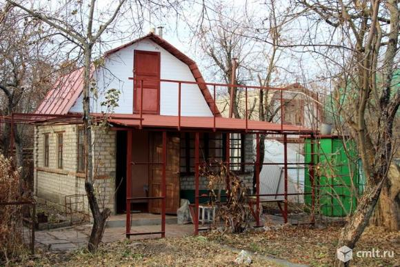 Дача, 6 соток, 2 кирпичных домика. Фото 1.