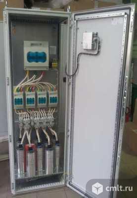 Конденсаторная установка компенсации реактивной мощности серии УКМ58-04-150-25-4 У1, номинальной мощностью 150 квар, шаг регулирования 25 квар, в напольном шкафу серии ШРС