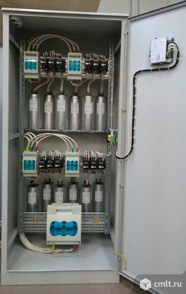 Конденсаторная установка УКМ58, мощностью 250 квар, в напольном шкафу серии ШРС