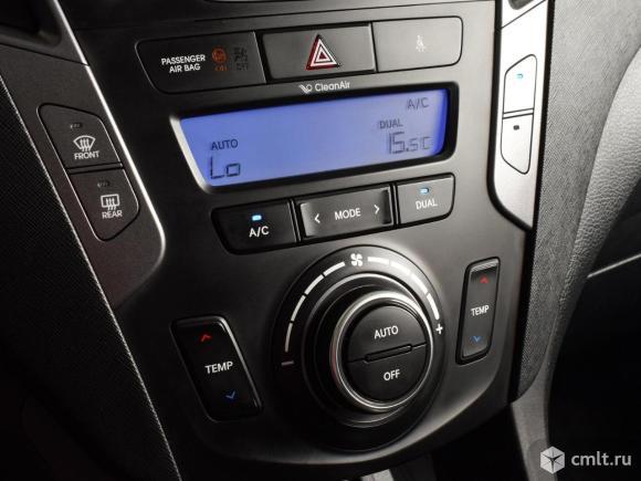 Hyundai Santa Fe - 2014 г. в.. Фото 8.