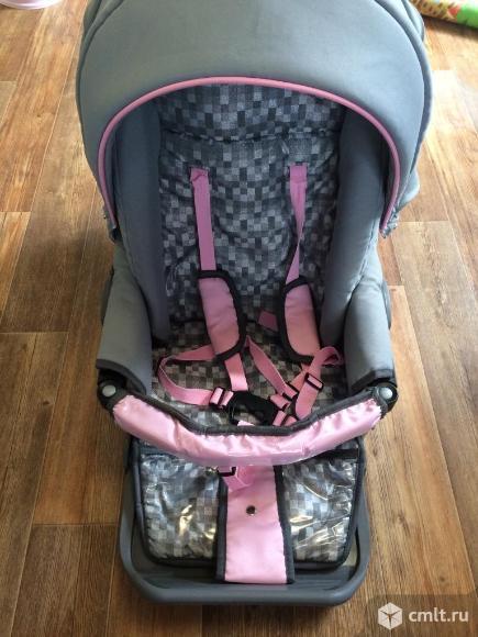 Продам детскую коляску. Фото 3.