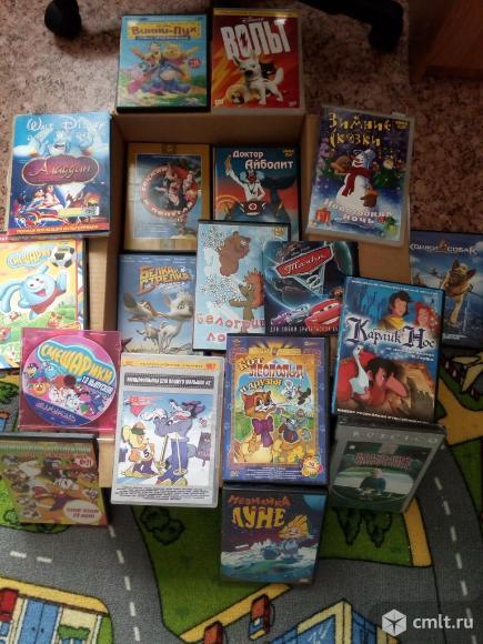 DVD диски. Фото 2.