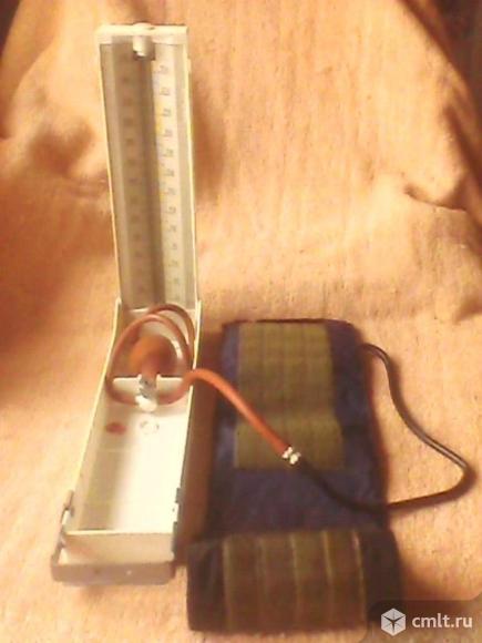 Тонометр ртутный. Фото 1.