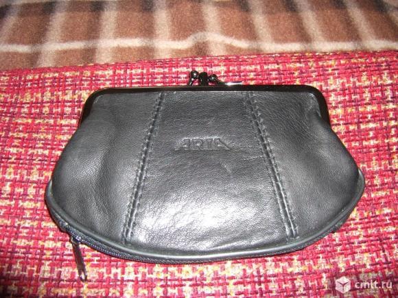 Новый кожаный кошелек. Фото 1.