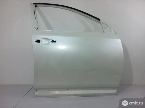 Дверь передняя правая TOYOTA RAV4 13- б/у 670010R080 6700142150 3*. Фото 1.